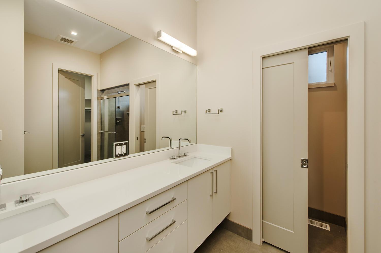 6906 E Archer Place-large-022-63-Main Floor EnSuite Master Bath-1500x999-72dpi