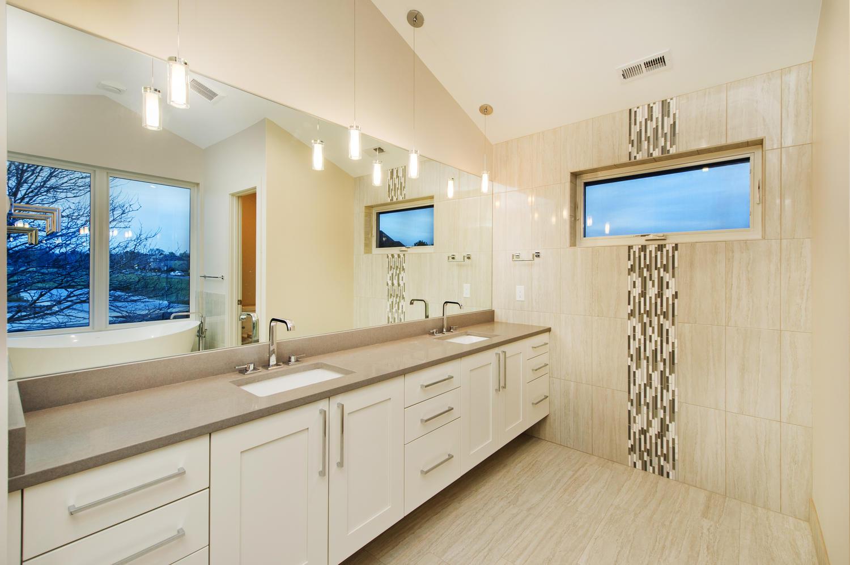 6906 E Archer Place-large-034-72-Second Floor EnSuite Master-1500x999-72dpi
