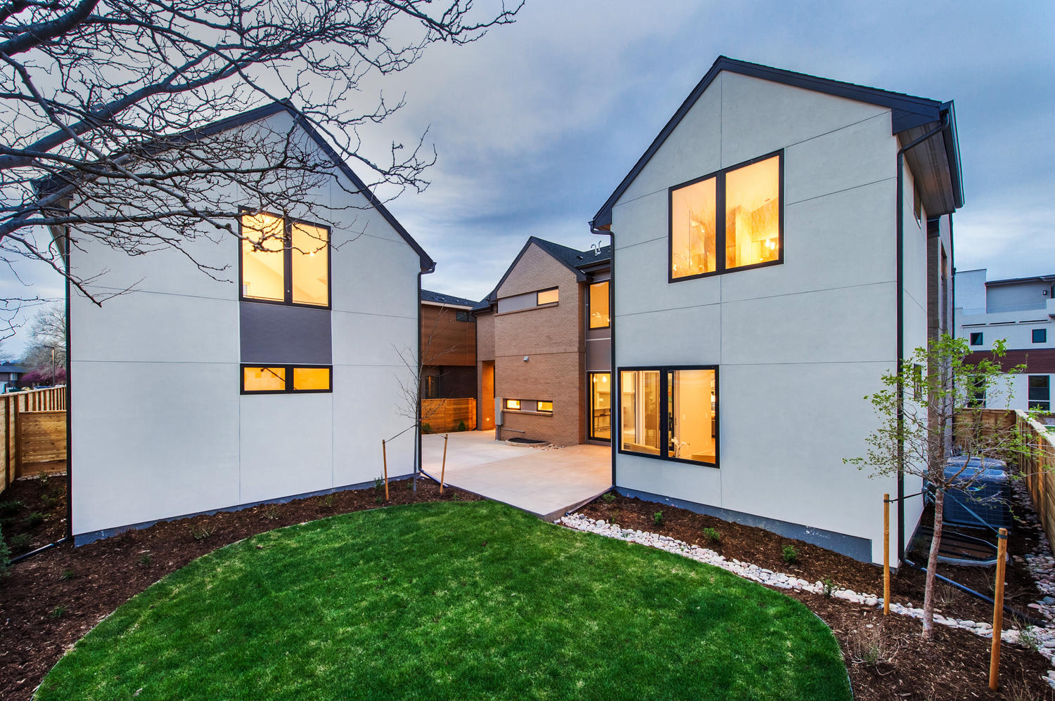 6906 E Archer Place-large-044-88-Fully Landscaped Front And-1500x999-72dpi